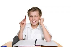 Erfolgreich lernen im Kinderzimmer - Konzentration fördern mit Ordungssinn und leiser Hintergrundmusik – Schreibtisch-Ordnung für Schüler
